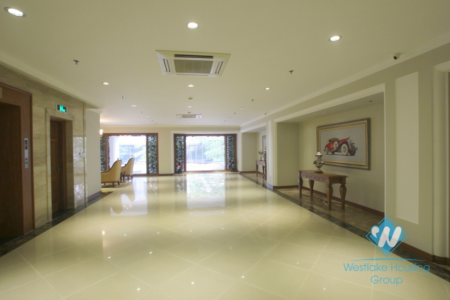 Spacious office for rent in Hai Ba Trung District, Hanoi