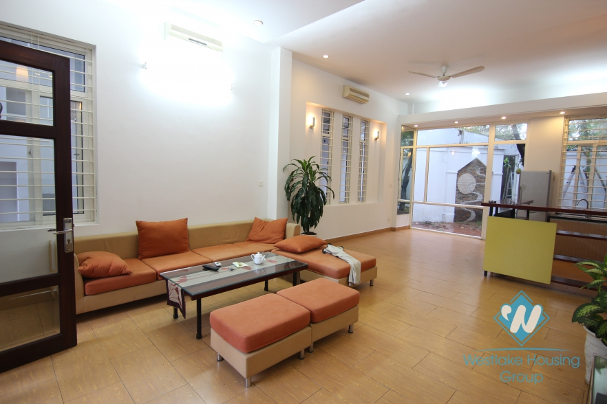 Garden and very bright house for rent in Hai Ba Trung district