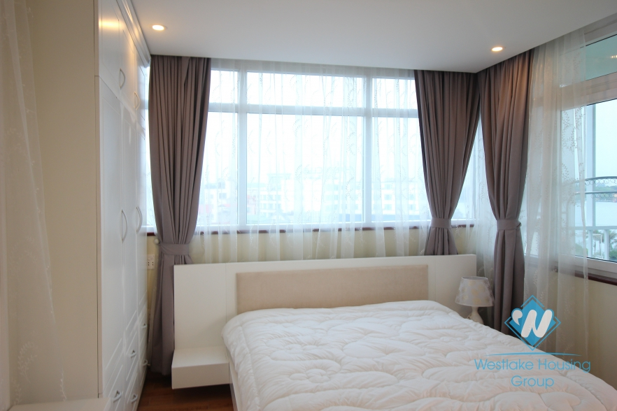 Nice view and bright apartment for rent in Yen Phu, Tay Ho, Ha Noi