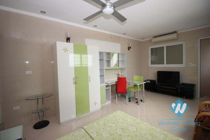 Bright and shine duplex for rent in central city, Ha Ba Trung, Hanoi