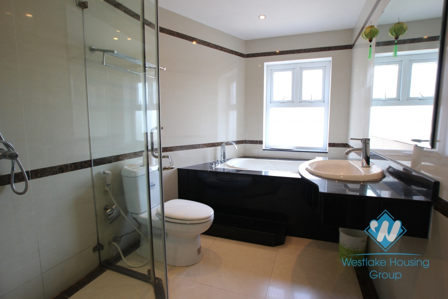 Nice 2 bedroom apartment for rent in Yen Phu village, Tay Ho district, Hanoi