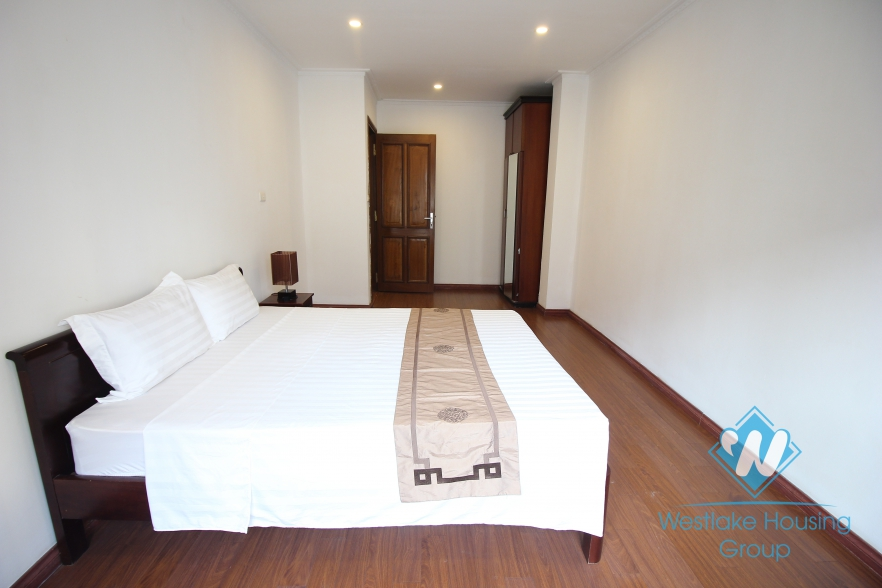 A nice apartment for rent in Hoan Kiem district, Ha Noi