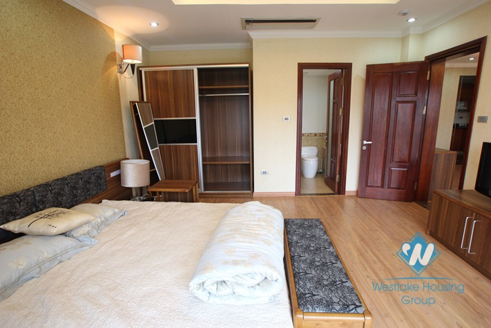 Luxury and nice design apartment for rent in Tay Ho, Ha Noi