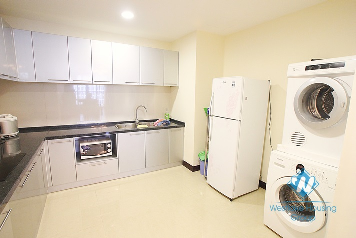 Nice apartment for rent in Royal City, Thanh Xuan, Ha Noi with 3 bedrooms