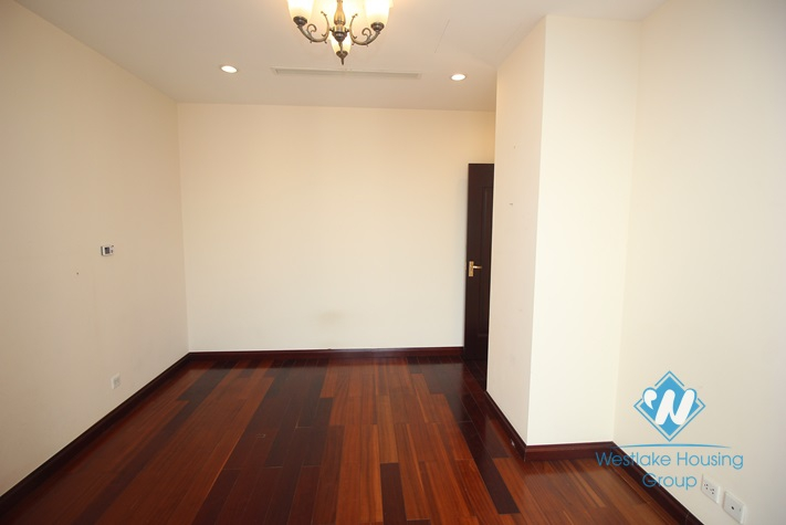 High floor three apartment for rent in Royal City, Ha Noi