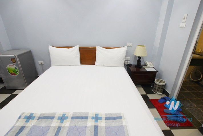 Budget nice studio for rent on Lac Long Quan Street, Tay Ho District, Ha Noi
