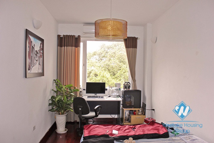 Large 2 bedroom apartment for rent in Truc Bach area, Ba Dinh district, Hanoi