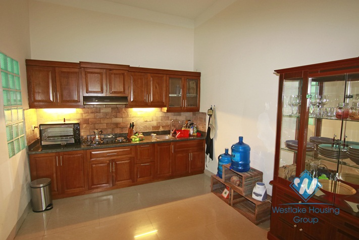 Garden house for rent in Ba Dinh near Ho Chi Minh mausoleum