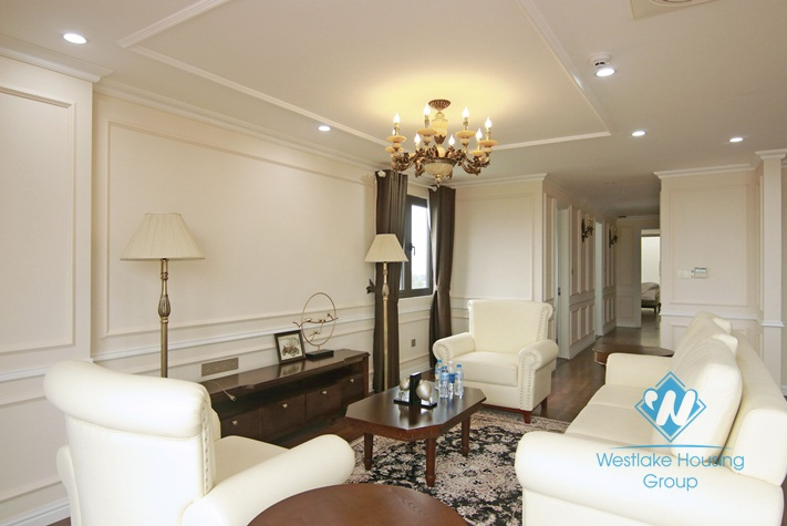 High floor luxurious apartment for rent in Hanoi city centre