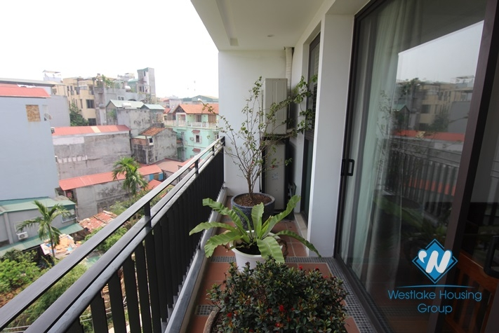 Green view apartment for rent in Tay Ho district