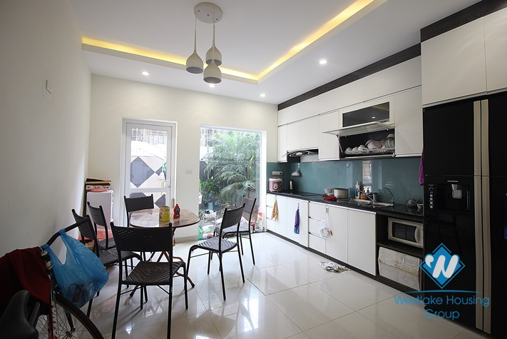 Stunning new and modern house with 4 bedrooms for rent in Tay Ho, Hanoi