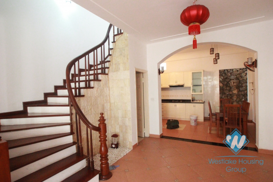 Charming house for rent in Au Co Street, Tay Ho, Hanoi, Quiet location