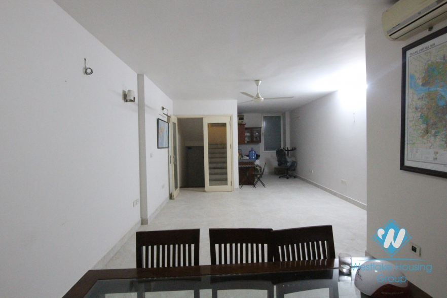 A house for rent in Au co, Tay ho, Ha noi