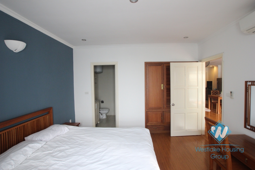 02 bedroom, very bright apartment for rent in Tay ho