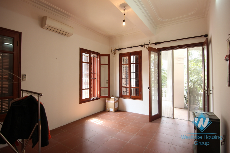 Large garden house available for rent on Au Co street, Tay Ho, Hanoi- unfurnsihed.