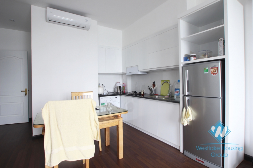 2 bedroom apartment with lake view in Nhat Chieu Tay Ho
