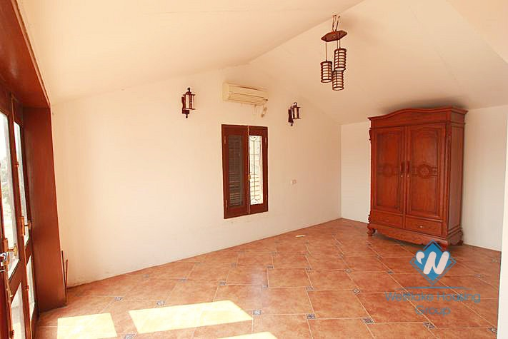 Beautiful house with 04 bedrooms furnished for rent in Westlake area, facing to the lake