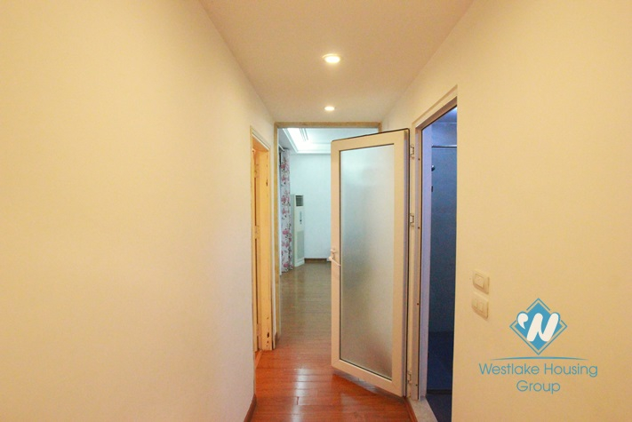 Beautiful 03 bedrooms apartment for rent near Kim Ma Street, Ba Dinh, Hanoi