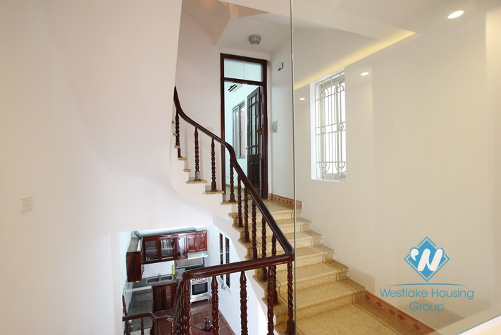 Spacious 5 bedrooms house for rent in Tay Ho District, Ha Noi
