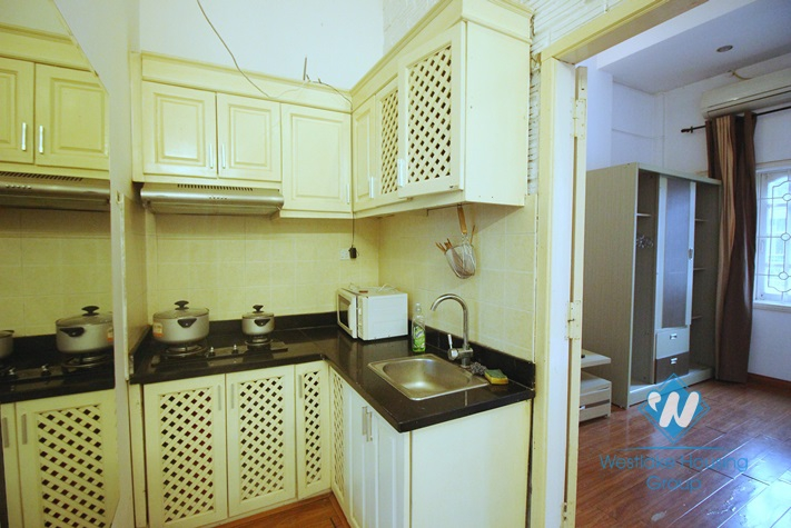 One bedroom apartment for lease in Xuan Dieu, Tay Ho