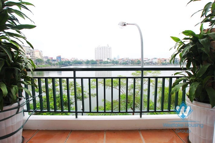 Nice apartment with great lake view for rent in Quang An Street, Tay Ho, Ha Noi