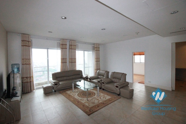 Beautiful 2 bedrooms apartment for rent in Tay Ho, Hanoi