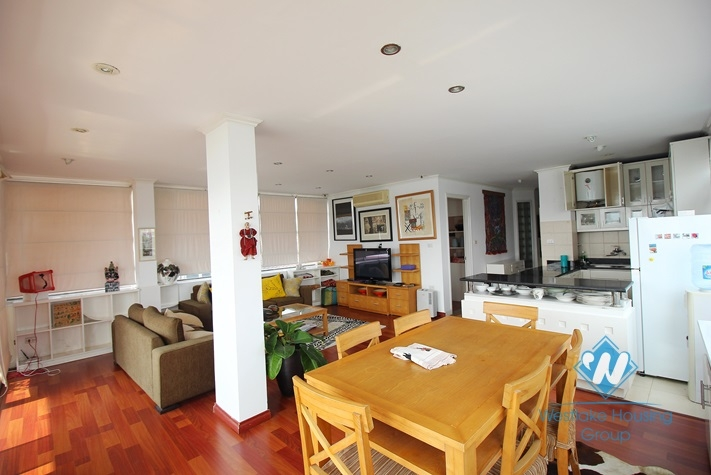 Wonderfull view 2 bedrooms apartment for rent in Tay Ho area.