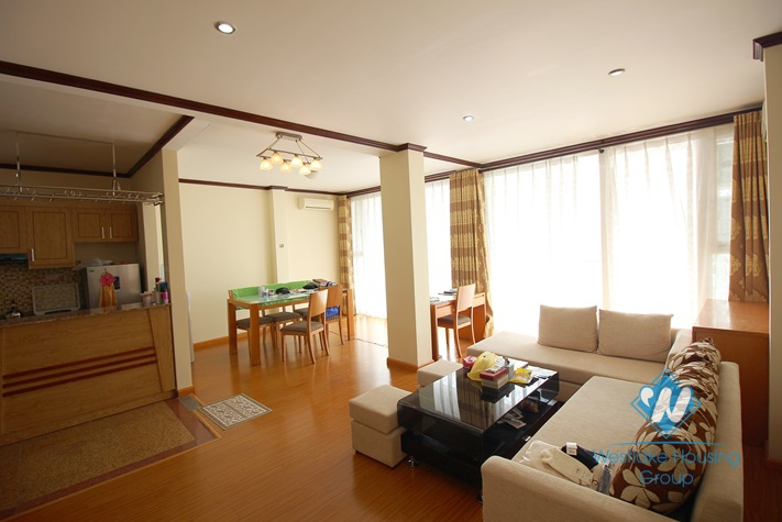 Stunning apartment for rent with lakeview in Tay Ho, Hanoi