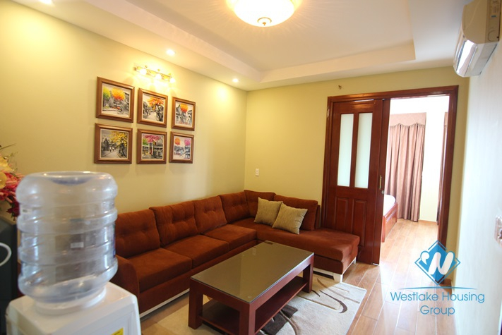 Beautiful and modern apartment with 02 bedrooms for lease in Tay Ho, Ha Noi.