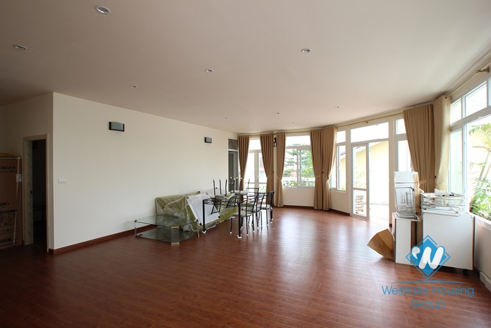 Brand new apartment with large balcony for rent in Tay Ho Street, Tay Ho, Ha Noi