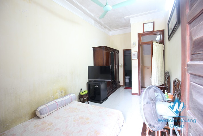 Low priced large house with garage for rent in Tay Ho