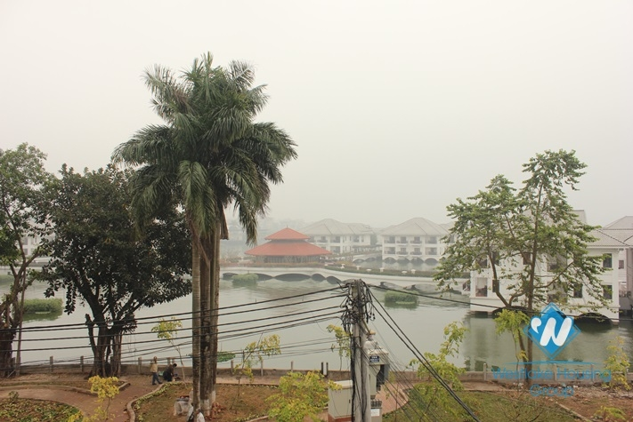 Cosy house with lake view for rent in Au Co street, Tay Ho, Hanoi
