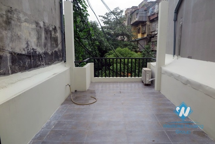New house for rent in Nui Truc, Dong Da district, Ha Noi