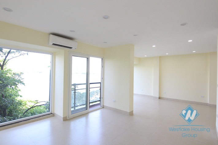 170 sqm office for rent in the heart of Tay Ho, Ha Noi