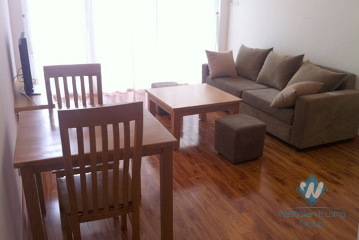 One bedroom apartment near large park available for rent