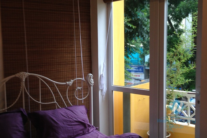 Serviced studio apartment for rent in Hoan Kiem district, Hanoi.