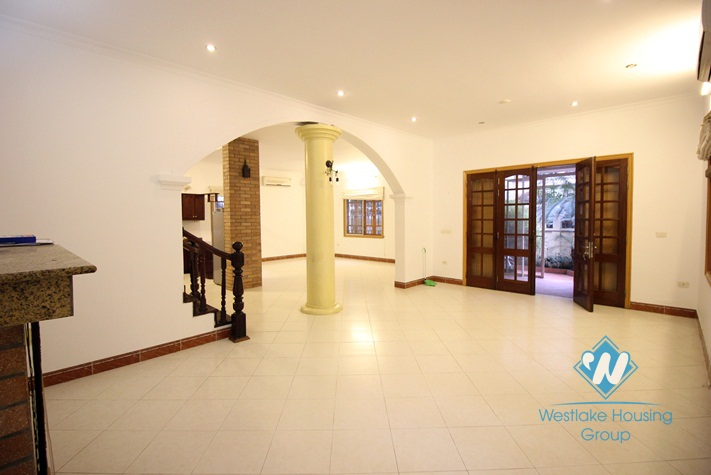 Nice garden house with swimming pool for rent in Tay Ho area