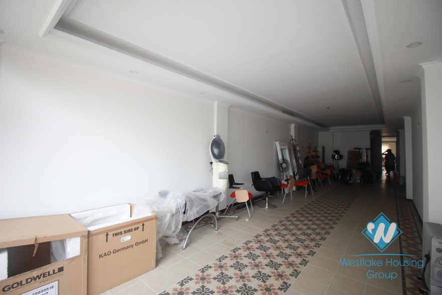 Brand new office for lease in Hai Ba Trung district