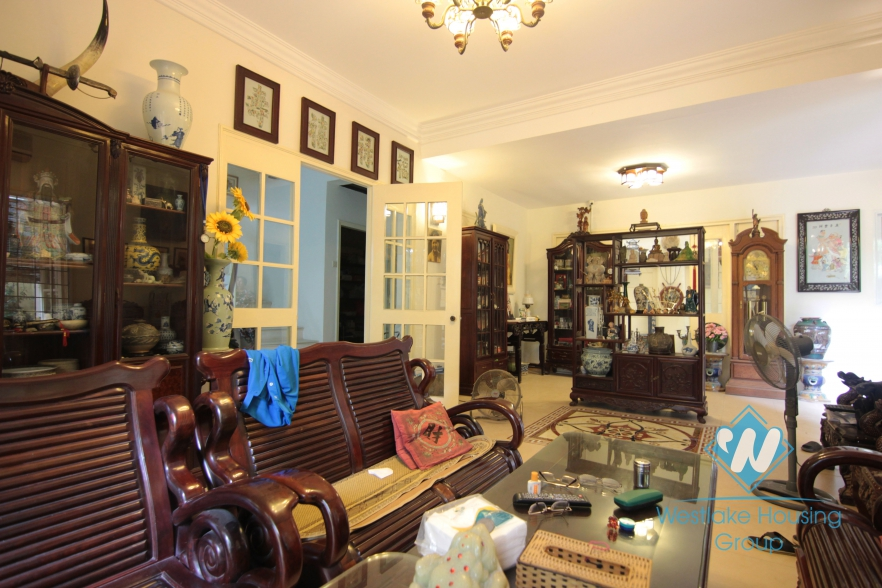 French villa for rent with lots of outside space in the heart of Tay Ho, Hanoi
