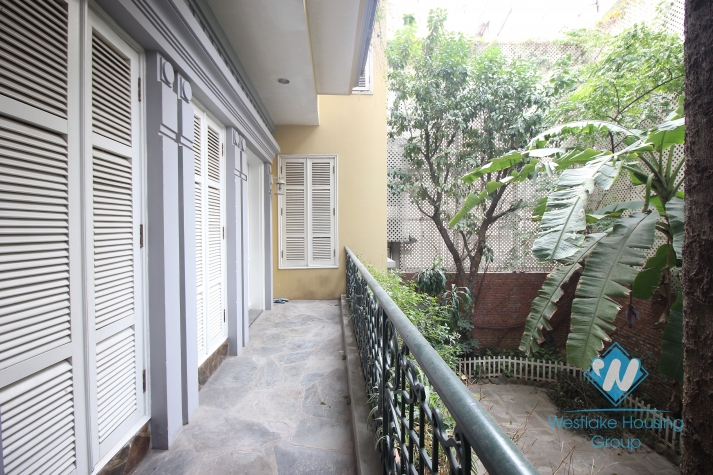 Beautiful house for rent in Hai Ba Trung district, closed Vincom Ba Trieu