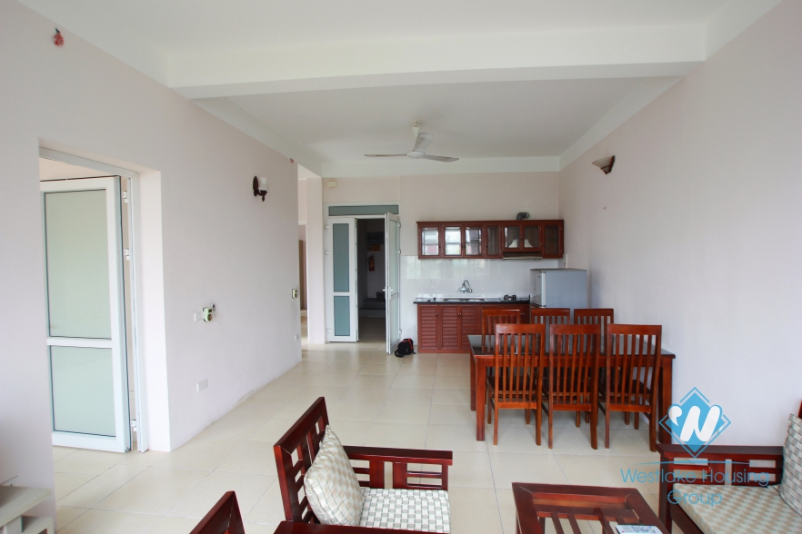 Beautiful and cheap apartment for rent in Xuan Dieu street, Tay ho, Hanoi