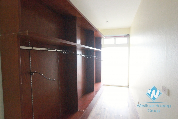 Brand new apartment for rent in Xuan Dieu street, Tay Ho, Hanoi