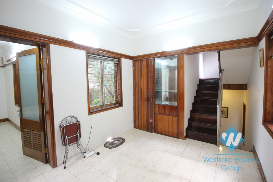 Gorgeous house for rent on Xuan Dieu street, Tay Ho, Hanoi