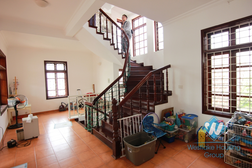 Beautiful garden house for rent on the lakeshore Tay Ho, Hanoi