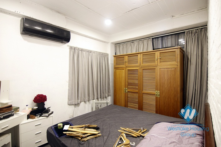Office, cafe shop for rent in Tay ho, Ha noi