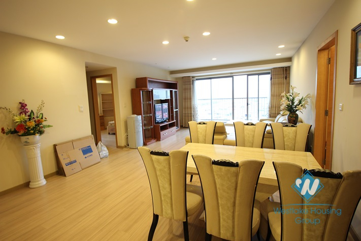 A beautiful apartment with 3 bedrooms for rent in the Sky City, Dong Da, Ha Noi