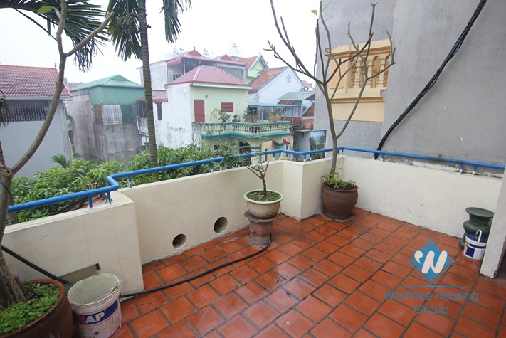 A cheap house for rent in Au co, Tay ho, Ha noi