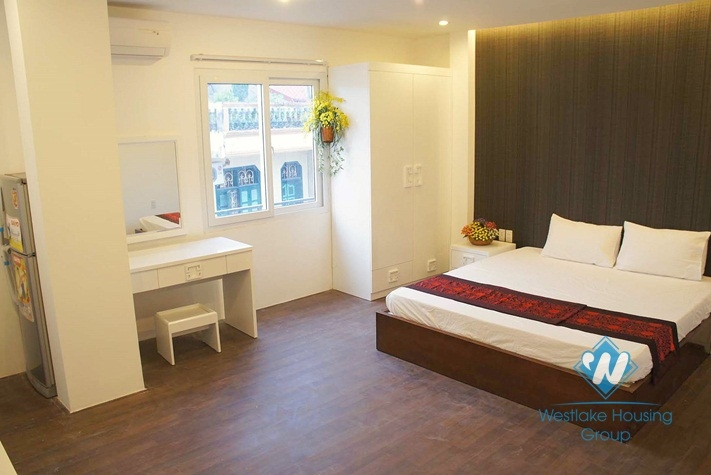 Nice studio apartment for rent in Nhat Chieu St, Tay Ho, Ha Noi