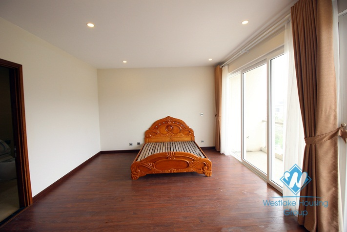 A spacious villa for rent in Q area, Ciputra