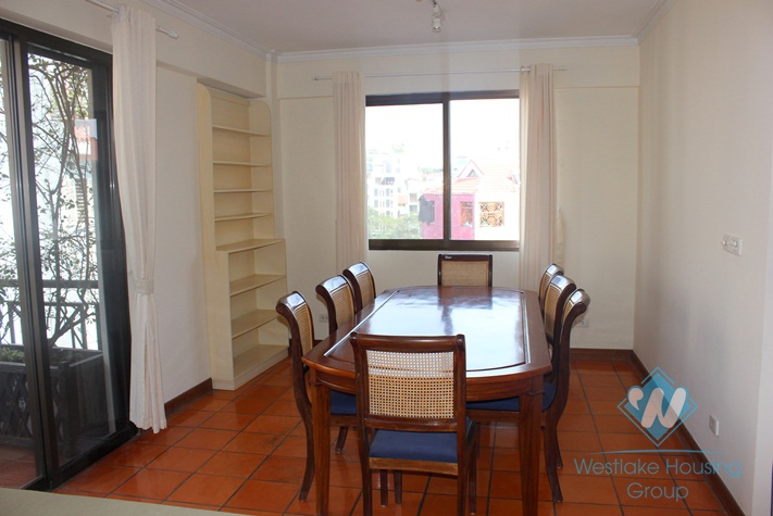 Fully furnished apartment for lease in Truc Bach, Ba Dinh, Hanoi